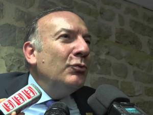 Loi travail : Pierre Gattaz menace le gouvernement