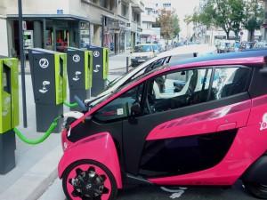 Voiture électrique : la bureaucratie pousse à l'innovation !