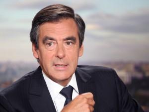 Nicolas Sarkozy éliminé, François Fillon largement en tête.