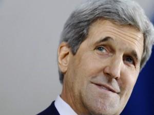 John Kerry soutient et arme Daech.