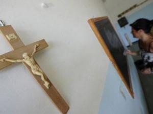 « L'école m'a tuer » : parents cherchent désespérément un enseignement catholique de qualité.